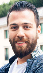 Taner Akçok